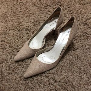Anne Klein heels size 8 good condition.
